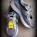 Running_shoes_marathoner_training